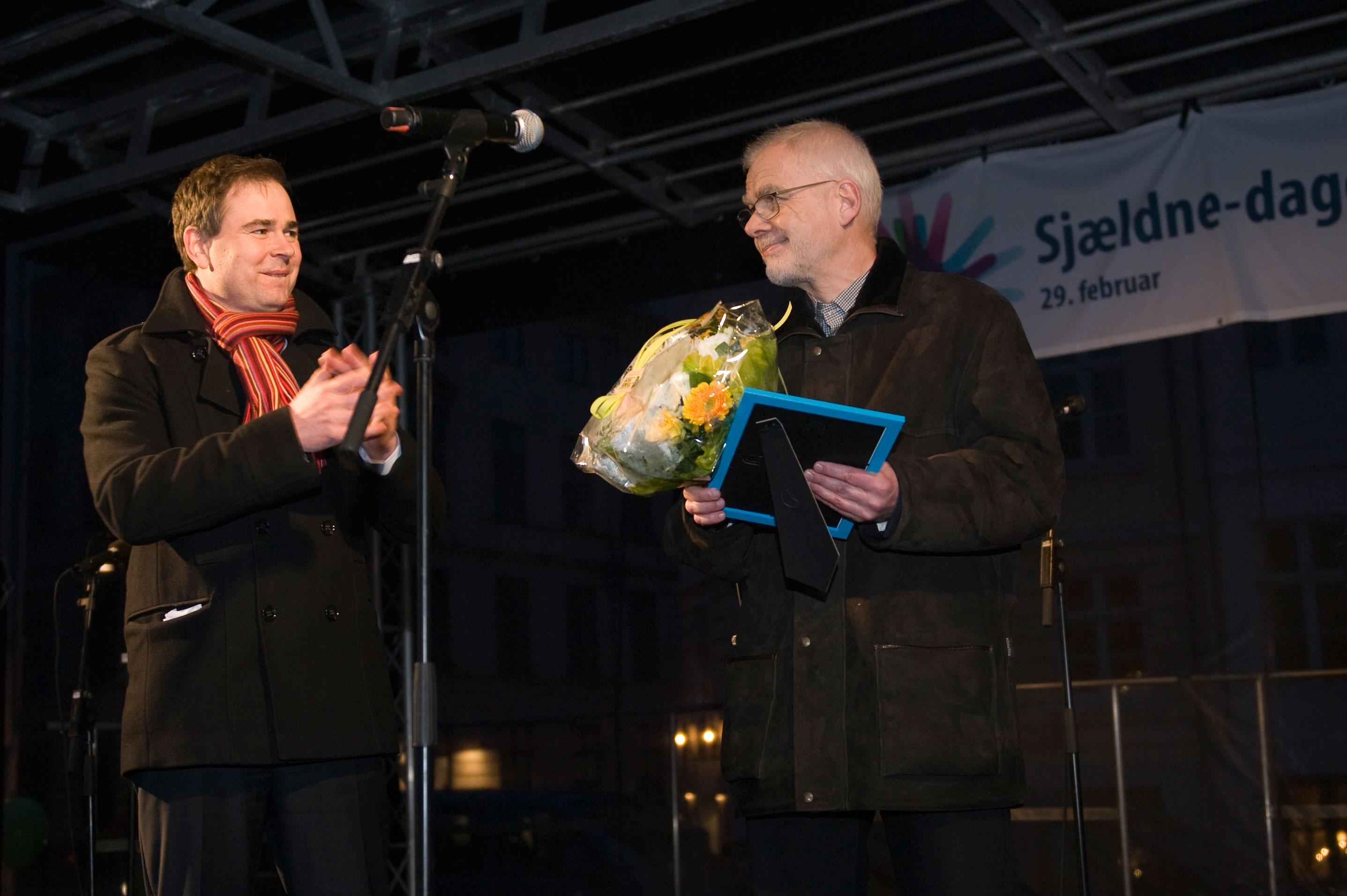 John-Østergaard-modtager-pris-fotokredit-Heidi-Kristina-Schoch